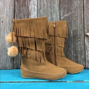 Other - NWT! Little girls fringe moccasin boots
